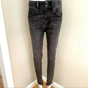 FP WE THE FREE High Rise Black Skinny Jeans 27
